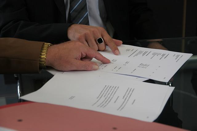 ההבדל בין מחיקת חובות להסדרת חובות?